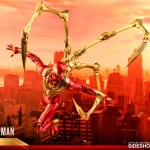 hot-toys-spider-man-iron-spider-armor-sixth-scale-figure-marvel-collectibles-vgm38-img15