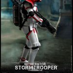 hot-toys-incinerator-stormtrooper-sixth-scale-figure-tms012-star-wars-collectibles-img05