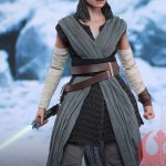 hot-toys-rey-jedi-training-sixth-scale-figure-star-wars-collectibles-mms-446-img06
