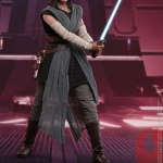 hot-toys-rey-jedi-training-sixth-scale-figure-star-wars-collectibles-mms-446-img10