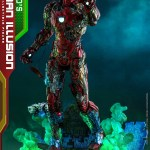 hot-toys-mysterios-iron-man-illusion-sixth-scale-figure-marvel-mms-580-img01