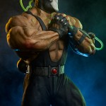 sideshow-collectibles-bane-maquette-statue-dc-comics-collectibles-img03