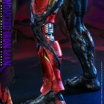 hot-toys-venomized-iron-man-sixth-scale-figure-marvel-spider-man-maximum-venom-ac04-img16