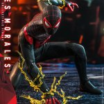 hot-toys-miles-morales-1-6-scale-figure-spider-man-marvel-vgm046-img04
