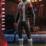 hot-toys-miles-morales-1-6-scale-figure-spider-man-marvel-vgm046-img08