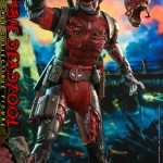 hot-toys-zombie-deadpool-sixth-scale-figure-marvel-zombies-collectibles-cms06-img05