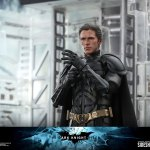 hot-toys-dark-knight-rises-batman-sixth-scale-figure-dc-comics-collectibles-dx-img16
