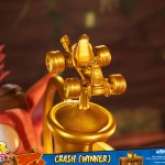 first-4-figures-crash-winner-standard-edition-statue-CTR-team-racing-nitro-fueled-collectibles-img19