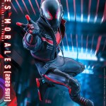 hot-toys-miles-morales-2020-suit-sixth-scale-figure-spider-man-marvel-vgm49-img07