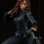 iron-studios-black-widow-1-4-scale-statue-legacy-replica-infinity-saga-marvel-collectibles-img06