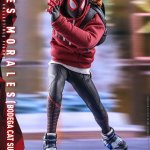 hot-toys-miles-morales-bodega-cat-suit-sixth-scale-figure-spider-man-vgm50-img10