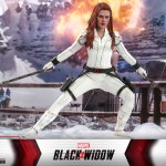 hot-toys-black-widow-snow-suit-sixth-scale-figure-marvel-collectibles-mms-601-img13