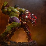sideshow-collectibles-hulk-vs-hulkbuster-maquette-statue-marvel-collectibles-img02
