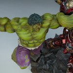 sideshow-collectibles-hulk-vs-hulkbuster-maquette-statue-marvel-collectibles-img18