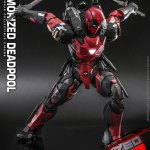 hot-toys-armorized-deadpool-sixth-scale-figure-marvel-collectibles-diecast-img03