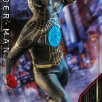 hot-toys-spider-man-black-gold-suit-sixth-scale-figure-spider-man-no-way-home-mms-604-img06