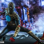 hot-toys-spider-man-black-gold-suit-sixth-scale-figure-spider-man-no-way-home-mms-604-img14