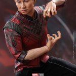 hot-toys-shang-chi-sixth-scale-figure-shang-chi-legend-of-the-ten-rings-collectibles-img12