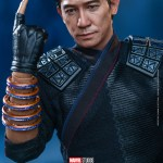 hot-toys-wenwu-sixth-scale-figure-shang-chi-legend-of-the-ten-rings-collectibles-img11