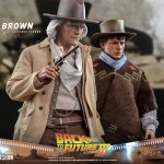 hot-toys-doc-brown-1-6-scale-figure-back-to-the-future-part-iii-mms-617-img23