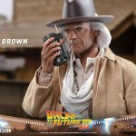 hot-toys-doc-brown-1-6-scale-figure-back-to-the-future-part-iii-mms-617-img27