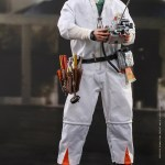 hot-toys-doc-brown-deluxe-version-sixth-scale-figure-back-to-the-future-mms-610-img04