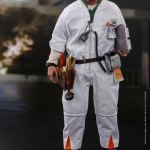 hot-toys-doc-brown-sixth-scale-figure-back-to-the-future-collectibles-mms-609-img03