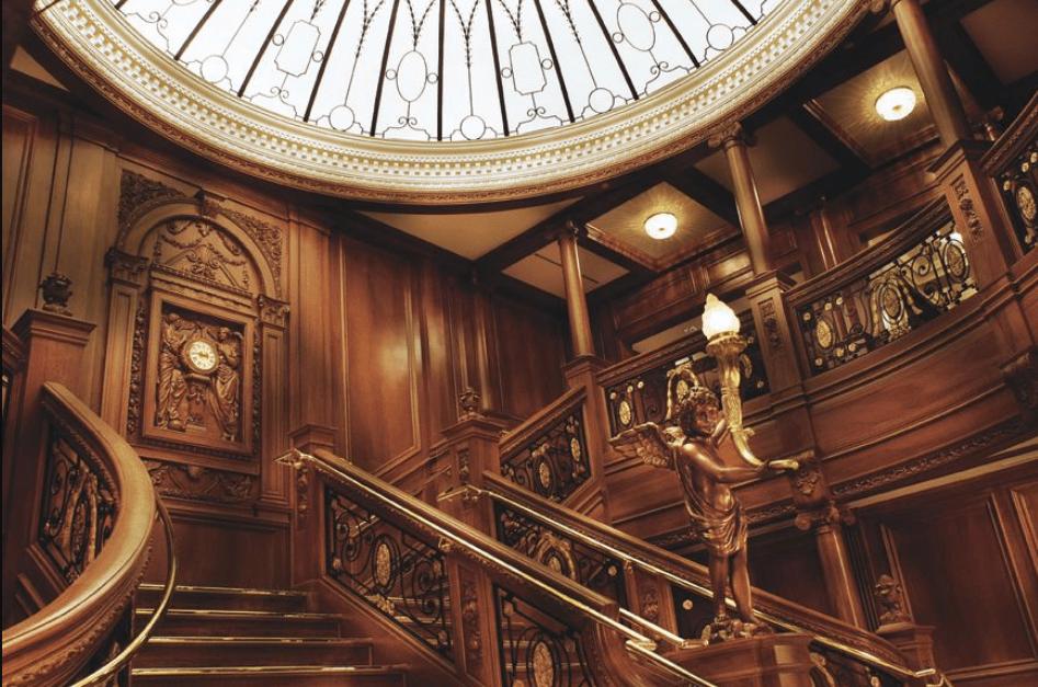 Titanic escalera TITANIC II – LA HISTORIA SE REPITE