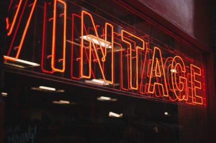 vintage lights RETRO AND VINTAGE STYLE