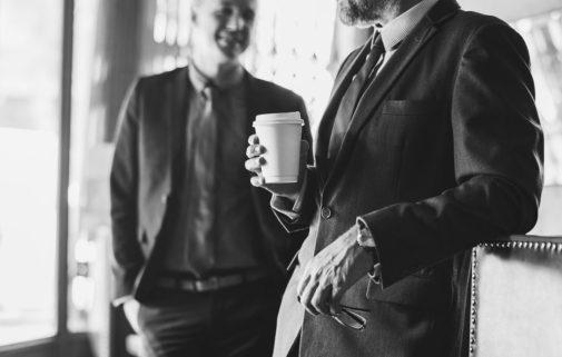 hombres hablar conversación cafe GUÍA PARA EL AMOR: CÓMO ENAMORAR A UNA MUJER
