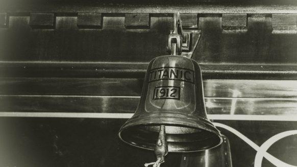 titanic bell 1912 TITANIC II – LA HISTORIA SE REPITE