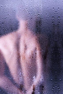igiene uomo acqua doccia GUIDA ALL'AMORE: COME CONQUISTARE UNA DONNA
