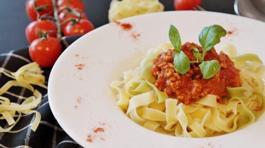 comida pasta carne alimento ¿EN QUÉ CONSISTE LA DIETA VEGANA?
