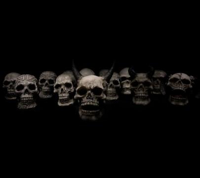 fantasmi demoni morti monstri  LE FAVE ED ALTRI RITUALI ROMANI