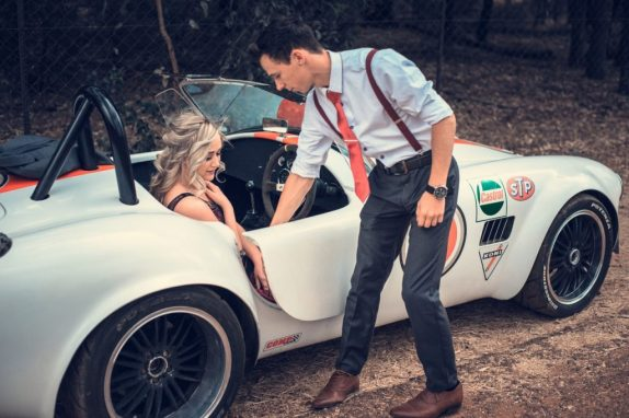 flir love falling romantic education car GUIDE TO FLIRT: HOW TO WIN A WOMAN'S HEART