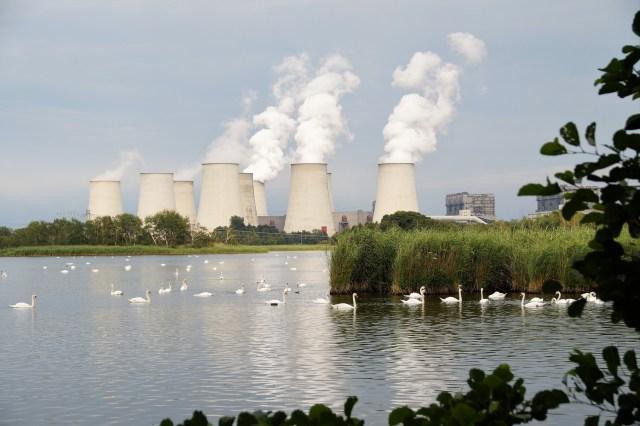 central energy electri indutrial contamination plastics  atmosphera pollutants   SOS EARTH