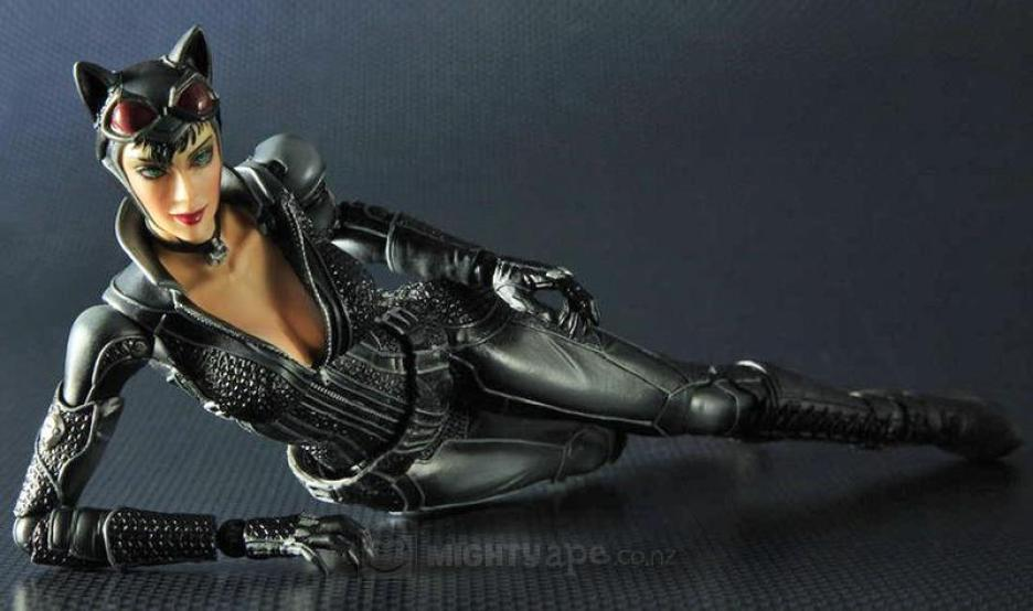 Catwoman Play Arts Kai