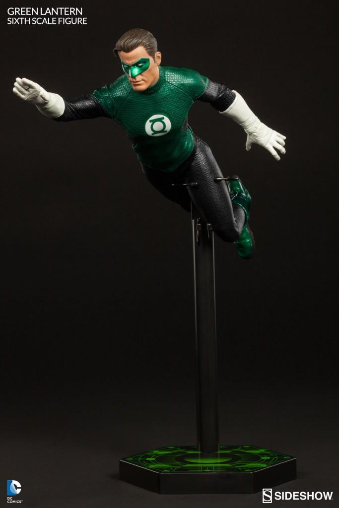 Green-Lantern-Figure-Sideshow-009