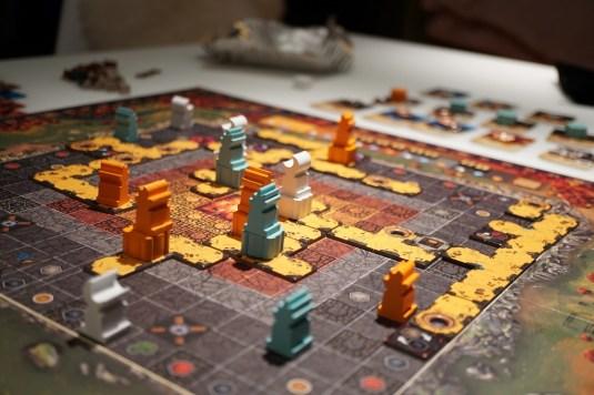 https://www.toysandgeek.fr/jeux-de-plateau/zombie-teenz-evolution-la-review/