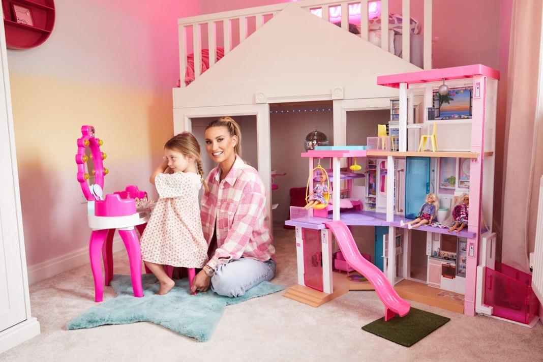 Ferne McCann Barbie Dreamhouse