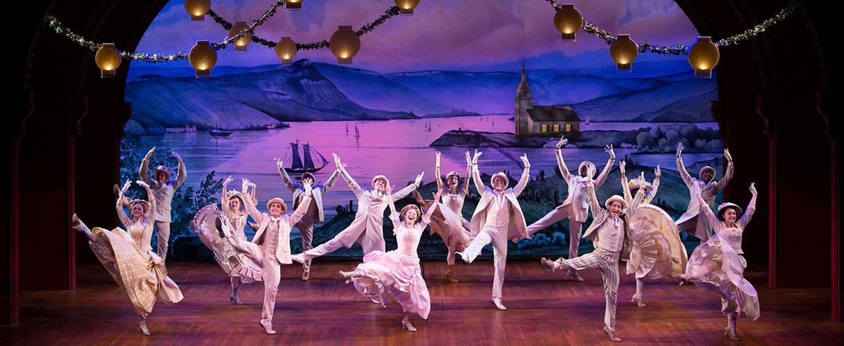 "Hello, Dolly ensemble performs ""Dancing"""