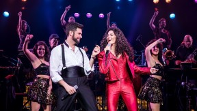 Christie Prades as Gloria Estefan, Mauricio Martínez as Emilio Estefan © Matthew Murphy