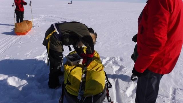 Bengt fixes broken ski and binding