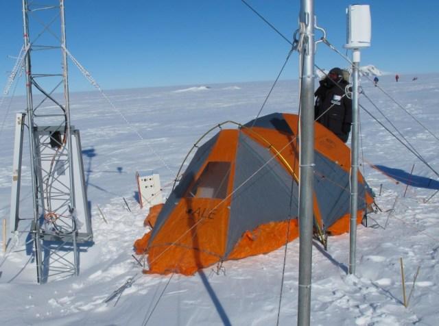 weather station near Thiel Nunataks