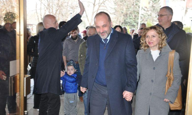 Photo of BORIMO SE ZA SRBIJU BEZ STRAHA: Predsednički kandidat Saša Janković održao konvenciju u Požarevcu (FOTO)