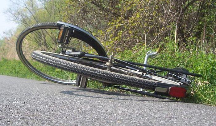 Photo of SMRT NA PUTU ŽABARI-SVILAJNAC: Autom udario biciklistu, nesrećni čovek preminuo u požarevačkoj bolnici