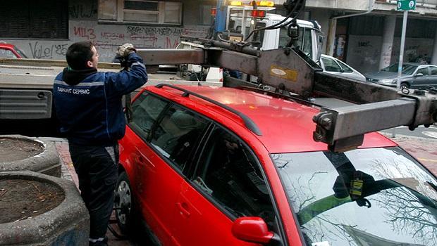 """Photo of POTROVČANI UPOZORENJE: Od ponedeljka """"Pauk"""" nosi svaki nepropisno parkirani auto"""