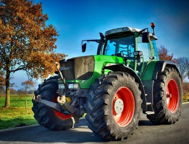 Photo of PETROVČANIN ZAROBLJEN U AUSTRIJI: Otišao da kupi traktor, pa zbog koronavirusa ne može da se vrati kući