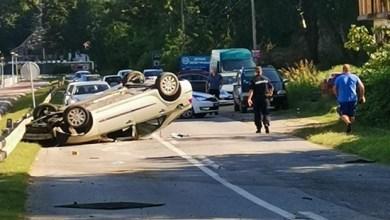Photo of NESREĆA KOD GOLUPCA: Vozač automobila izgubio kontrolu i prevrnuo se na krov