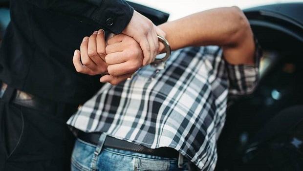 Photo of ŠTITIO SE OD KORONE, PA ZAGLAVIO ZATVOR: Uhapšen Petrovčanin u Beču zbog pokušaja krađe